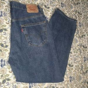 Levi's 550 Relaxed Fit Mens Jeans. Sz. 36